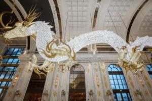 Огромные драконы из кристаллов Swarovski от Lasvit