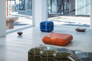 Британский дизайнер представил трехмерные объекты, облицованные плиткой Tajimi Custom Tiles
