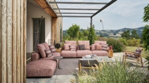 Total-look от Flexform в интерьерах фермерского дома в Италии