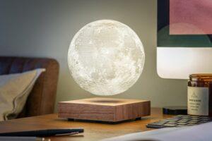 Gingko Smart Moon Lamp: левитирующая настольная лампа