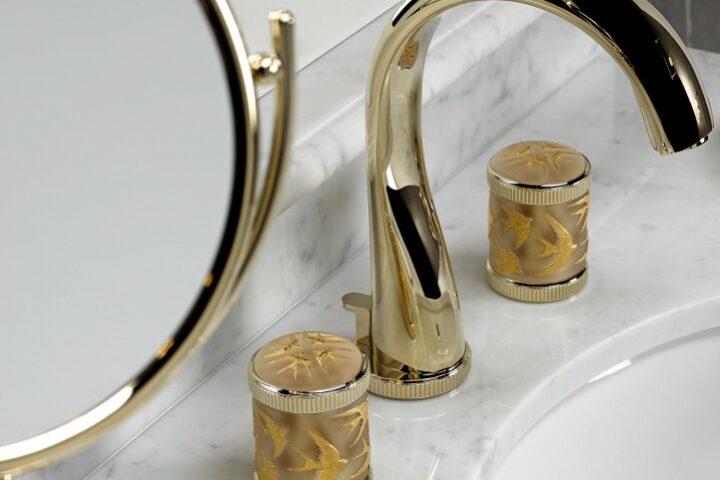 THG Paris x Lalique: коллекция с ласточками в честь 20-летнего сотрудничества